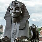 Sphinx, Temple Avenue, London by fotosic