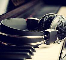 Headphones by Antonio Gravante