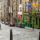 Niddry St. Edinburgh, Scotland by fotosic