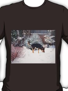 Winter snow scene with cute black and tan dog  T-Shirt