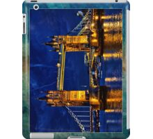 Glow of the night  iPad Case/Skin