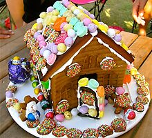 Easter Gingerbread House by Penny Smith