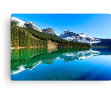 Lake of the Emerald City - British Columbia, Canada Canvas Print