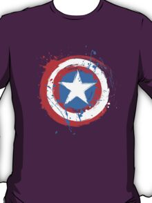 Captain America Shield Paint Splatter Design T-Shirt