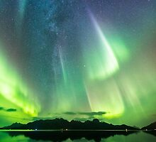 Milky Way and the auroras by Frank Olsen
