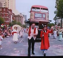 Adelaide Christmas Pageant 2014 London Bus 53 by Heather Dart