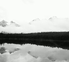 Mirror Lake  by loopyleffty