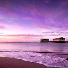 Queenscliff pier by Alex Lau