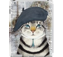 Charming French Cat in Paris. Perfect for cat lovers. iPad Case/Skin