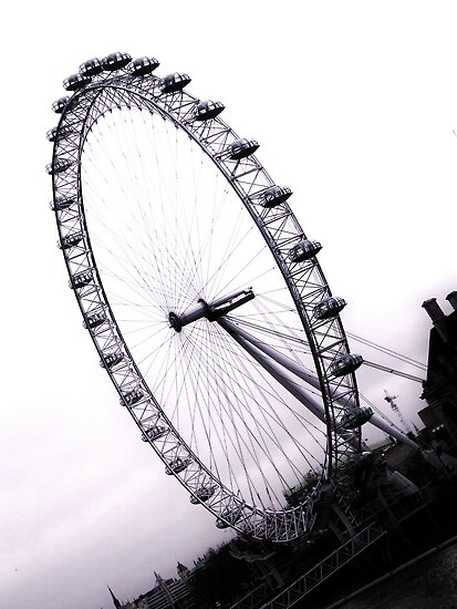 london eye, England by Donny Ocleirgh