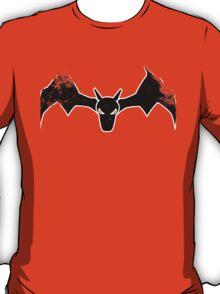 Charizard's dominion (distressed) T-Shirt
