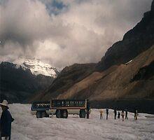columbia icefields by oilersfan11