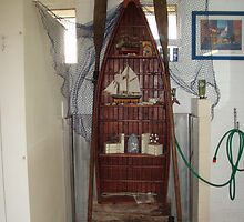 Boat In A Loo by tmac
