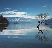 Lake Wanaka in Winter by Neil