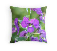 summer snappy Throw Pillow