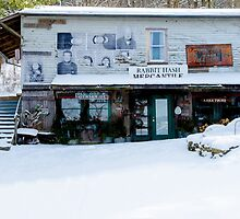 Rabbit Hash Mercantile by mcstory