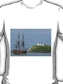 THE ENDEAVOUR REPLICA SAILING SHIP T-Shirt