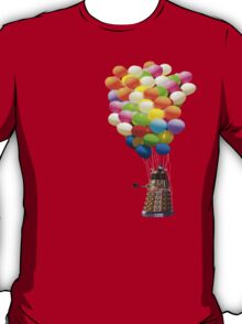 dalek with balloons  T-Shirt