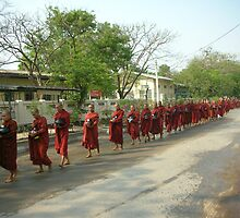 Burmese Alms seekers by yiorgo