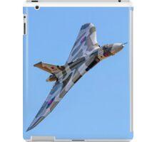 Avro Vulcan B.2 XH558 G-VLCN iPad Case/Skin