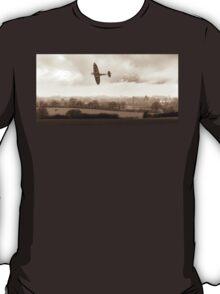 Eagle over England, sepia version T-Shirt