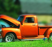 Vintage truck by Rodica Nelson