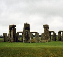 Stonehenge by georgiegirl