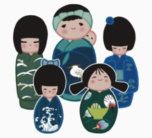 Kokeshi in Green Kids Clothes