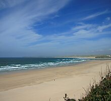 Porth Kidney Sands VI by Justine Humphries