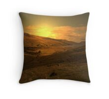 shepherds prayer Throw Pillow