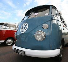 Fine VW Split Screen by AndyV