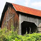 Working barn... by Judy Clark
