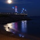Super Moon by Paraplu Photography