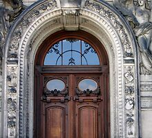 Dresden Doorway by heatherrinne