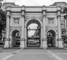 Marble Arch by MichaelJP