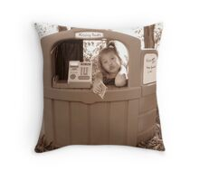 Kissing Booth Throw Pillow