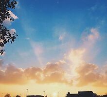 Winter Sunset in London by lolohannah
