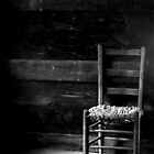 Old Chair in Black and white by Ruben Flanagan aka (Flan)
