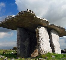 Poulnabrone Dolmen by InShinFrog