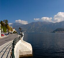 Lake Como, Italy by aaxford