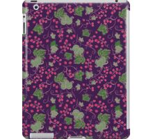 Bright Vintage Berries and Leaves Wallpaper.  iPad Case/Skin