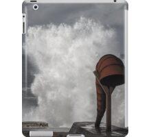 White wave splash iPad Case/Skin