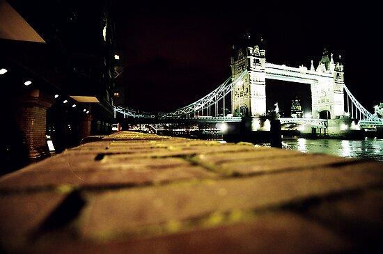 Tower bridge- london at night by rkdogz