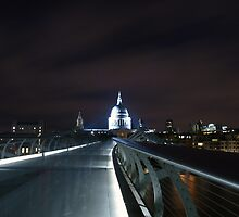 St.Pauls at Dusk by Saturnphoto