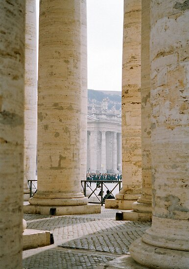 Colonnade, St Peter's by Tiffany Dryburgh