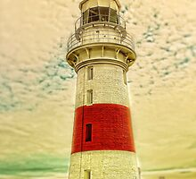 Low Head Lighthouse by wallarooimages
