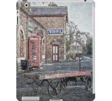 Vintage Hadlow Road in Oils iPad Case/Skin