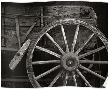 Wagon Wheel by mymamiya