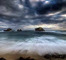 Bay of Islands Rush by Robert Mullner