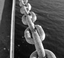 Chains by Jean-François Dupuis